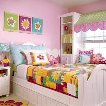 pink toddler bedroom