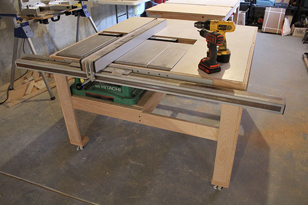 Our home from scratch completed table saw table greentooth