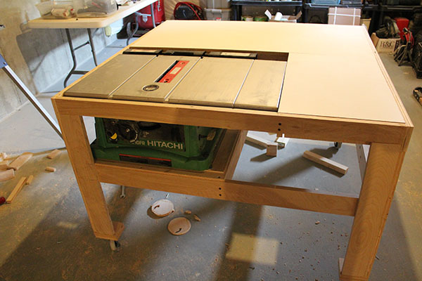 table saw saw installed